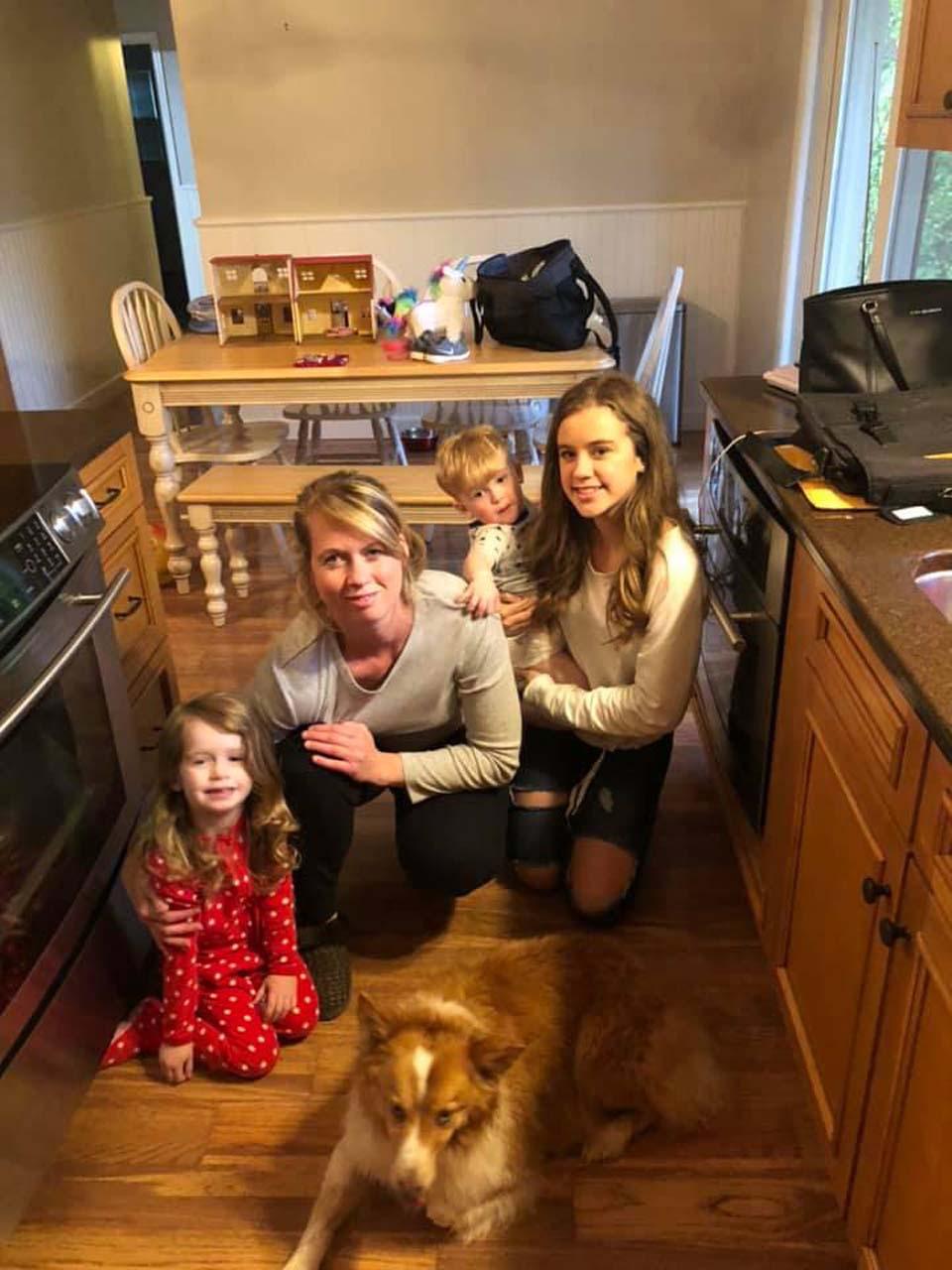 Puppy conoce a su familia